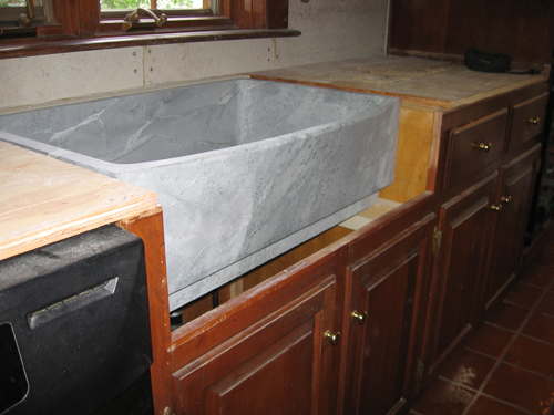 Installing A Farmhouse Apron Front Sink : Apron Sink Installation